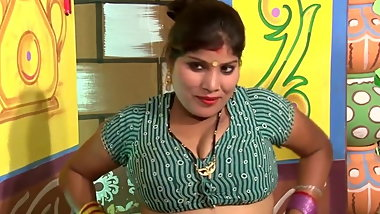 Desi Bhabhi getting Bra & Panty changed by Salesman