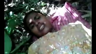 desi- girl fucked in forest part 2