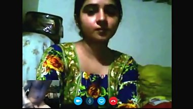 Me Hafsa Tabassum Skype Horny Cam Show Make Me Wet Fingring Pussy So Hot